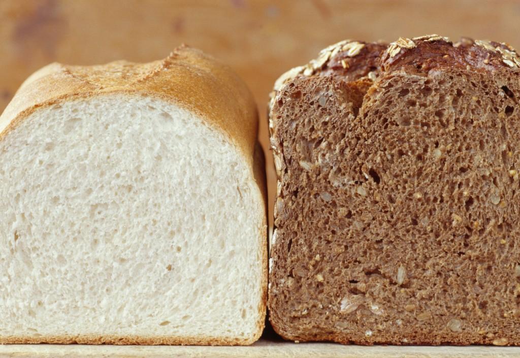 玄米パンと全粒粉パン